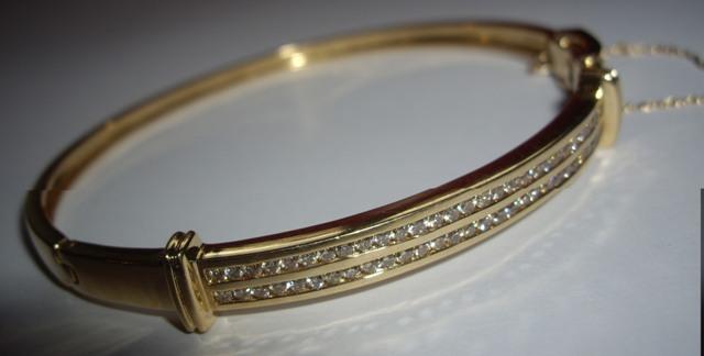 Red Garnet Quartz Sterling Silver Overlay 15 Grams Bracelet 7-9 Long